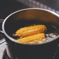 How to Cook and Freeze Corn on the Cob
