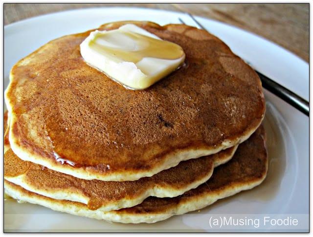 how to make easy banana pancakes