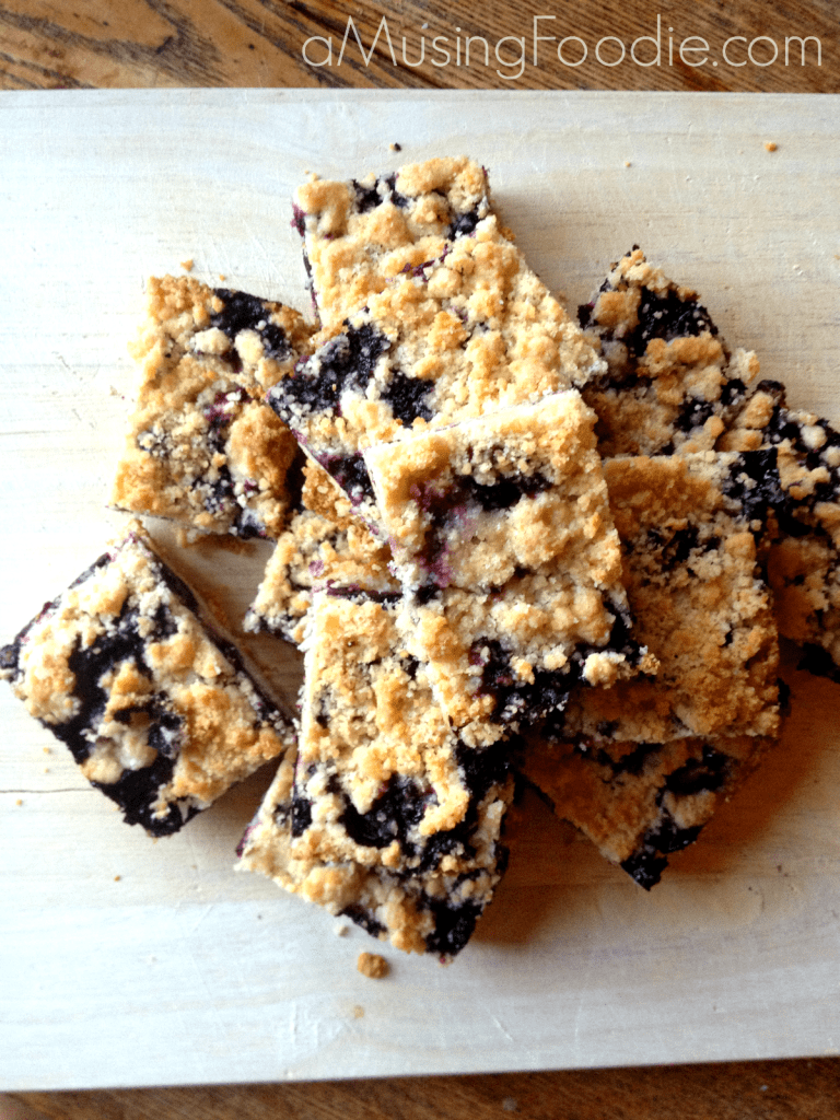 How to make blueberry crumble bars!