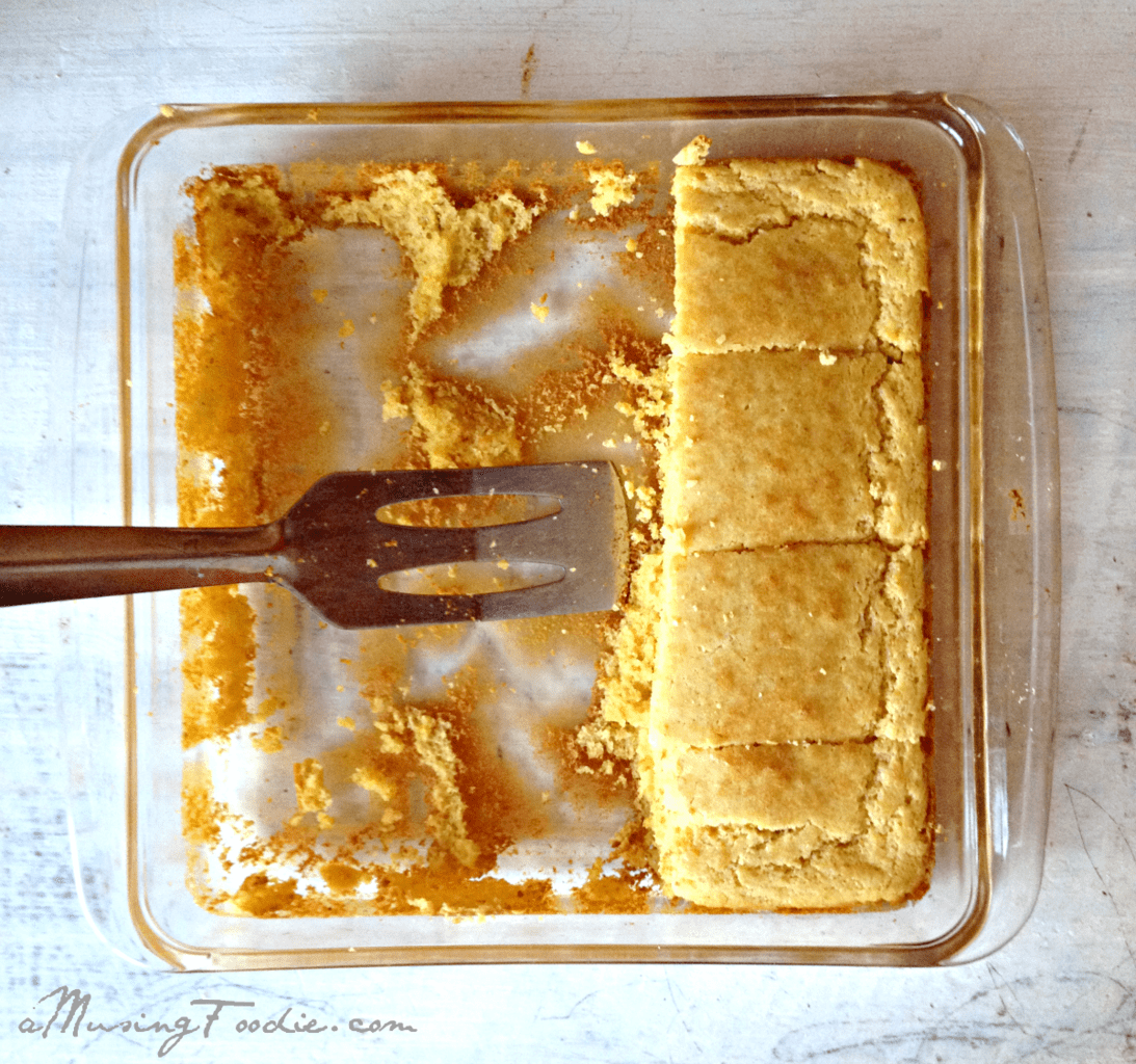 Easy Cornbread Recipe
