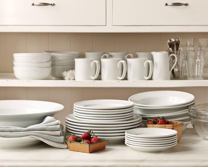 Williams-Sonoma pantry dinnerware