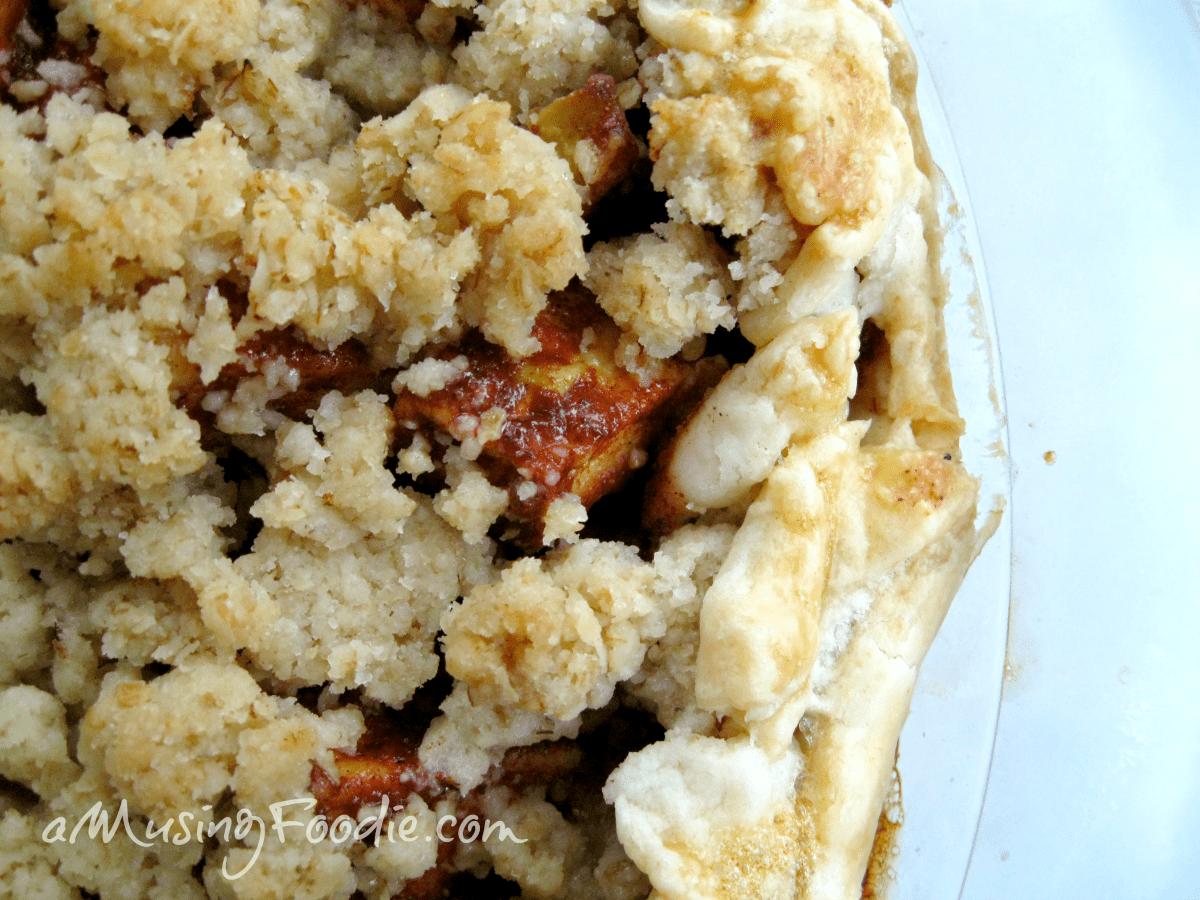 Honey Cardamom Chunky Apple Pie Recipe   (a)Musing Foodie