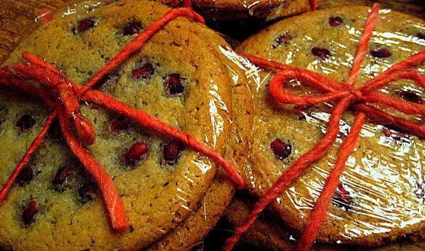 These pomegranate sugar cookies are yummy, fun and festive!