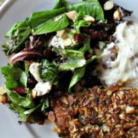 Gorgonzola, Almond and Cranberry Field Green Salad