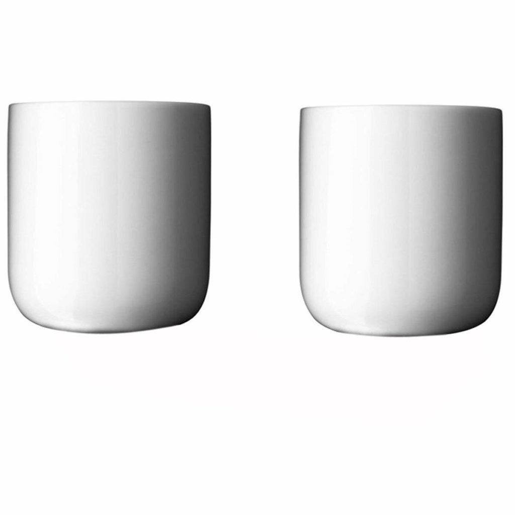 There's no fuss with the minimalist mug and its clean lines and sleek facade. You'll only need two to keep with a minimalist attitude: use what you need and no more.