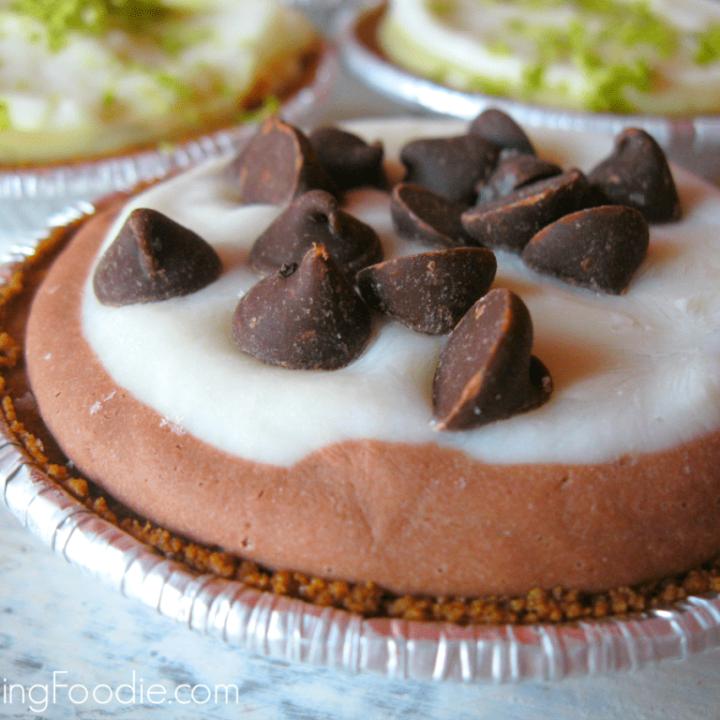 Mini Chocolate Frozen Yogurt Pies