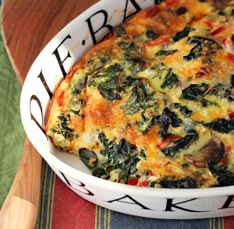 Recipe for kale, mushroom and caramelized onion breakfast casserole {vegetarian, gluten-free}
