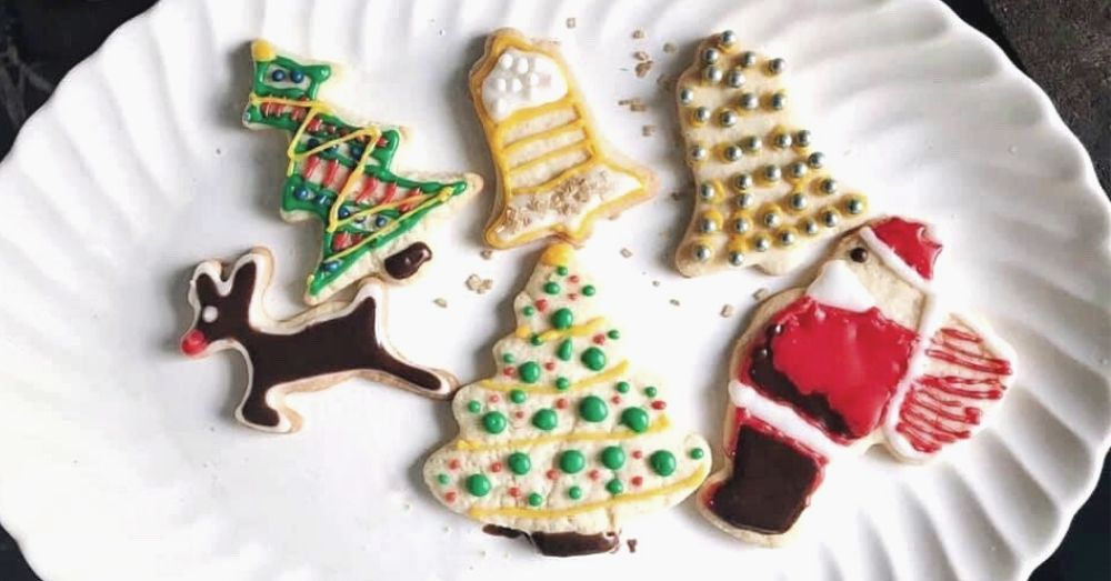 Easy Christmas cookies decorated on a platter.