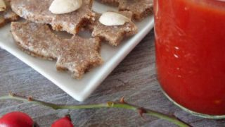 Raw Rose Hips Cookies