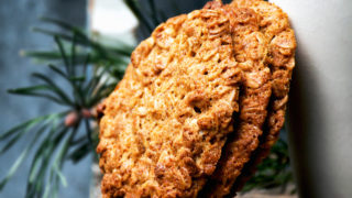 Honey and Oat Cookies